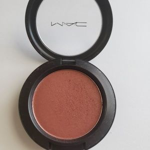 MAC Shimmer Blush in Ambering Rose